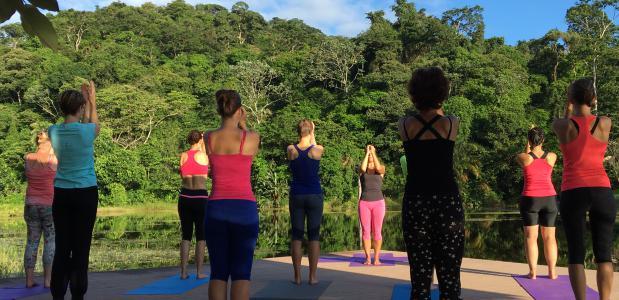 yoga maquenque