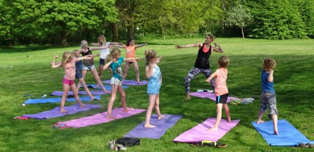Yoga 4 school
