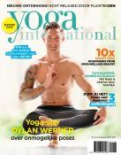 Yoga International met yoga-ster Dylan Werner over onmogelijke poses
