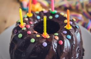 Verjaardagstaart. Foto van Markus Spiske via Pexels.com.