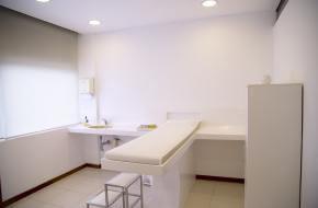 Behandelkamer van Frida. © Natalie Dalmeyer