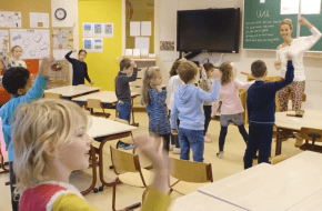 Friese schoolkinderen beter in hun vel door yoga en meditatie