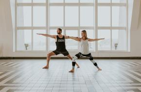 happy with yoga yoga youtube website detox gezond blij yogaserie