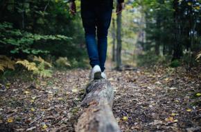 mindful walk, yoga, mindfulness, wandelen