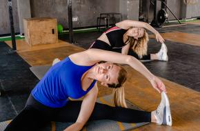 yogaposes die je samen kan doen