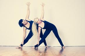meer vrouwen dan mannen doen aan yoga